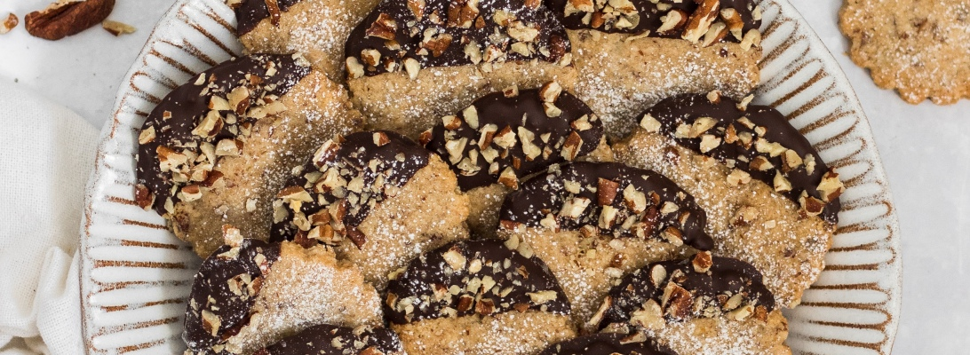 Gluten Free Chocolate Pecan Shortbread cookies